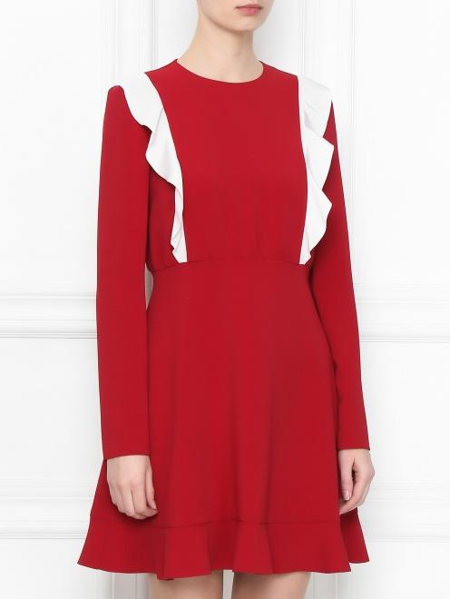 Платье-мини с контрастной отделкой - МодельВерхНиз