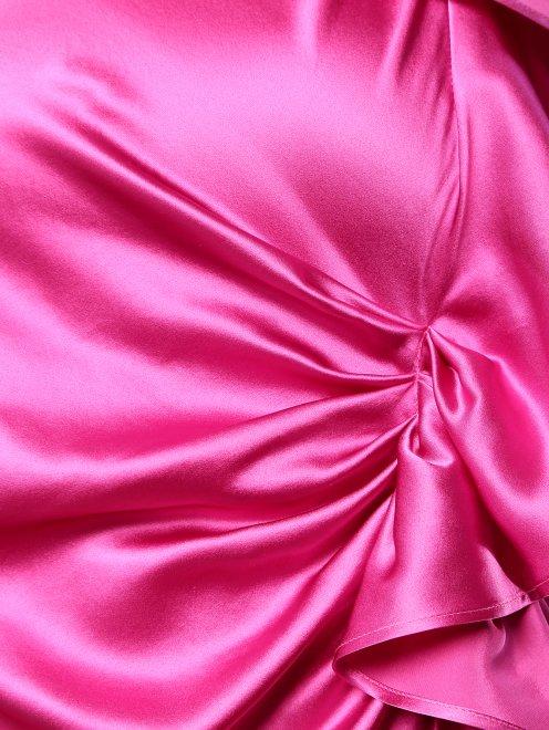 Шелковое платье с декоративным воланом - Деталь