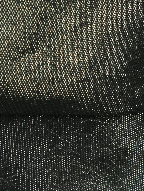 Шелковая блуза, декорированная стразами - Деталь