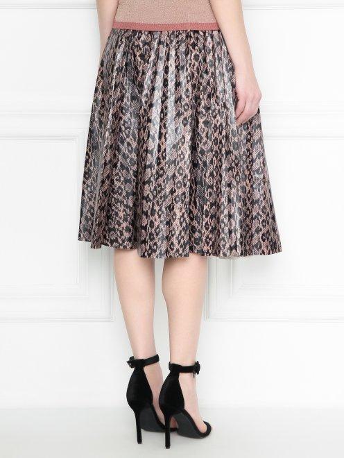 Плиссированная юбка из кожи с узором - МодельВерхНиз1