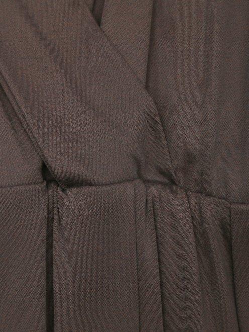 Платье без рукавов - Деталь