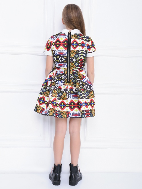 Платье с абстрактным узором - МодельВерхНиз1