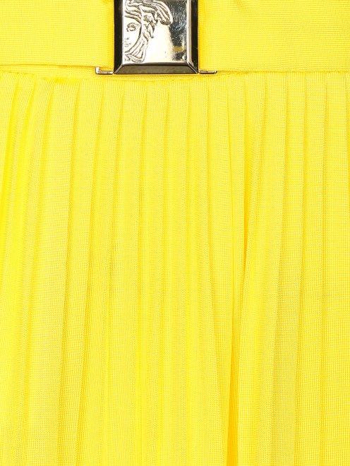 Плиссированная юбка-макси с металлической фурнитурой - Деталь