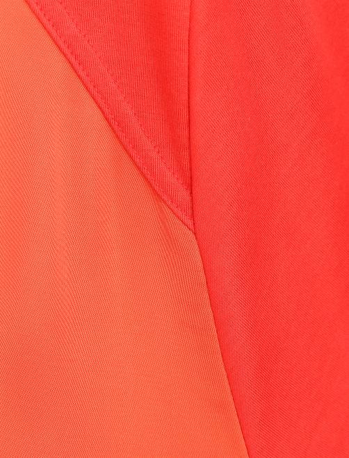 Платье-миди с короткими рукавами - Деталь