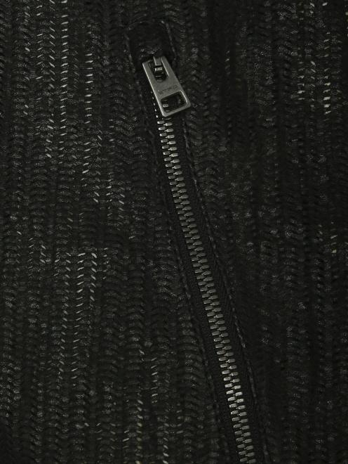 Куртка из кожи на молнии с капюшоном - Деталь
