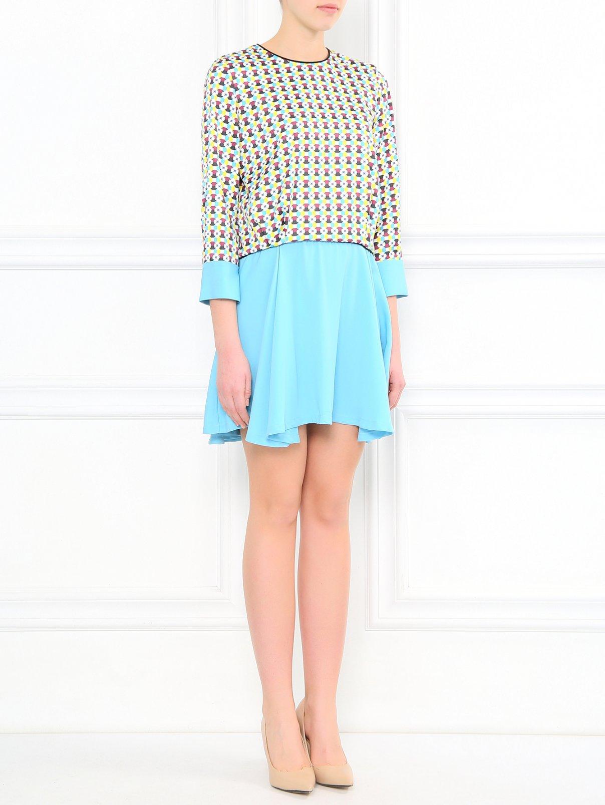 Платье-мини  с узором Mila Schon  –  Модель Общий вид  – Цвет:  Узор