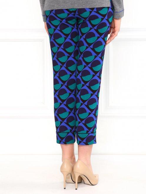 Укороченные брюки с геометричным узором - Модель Верх-Низ1